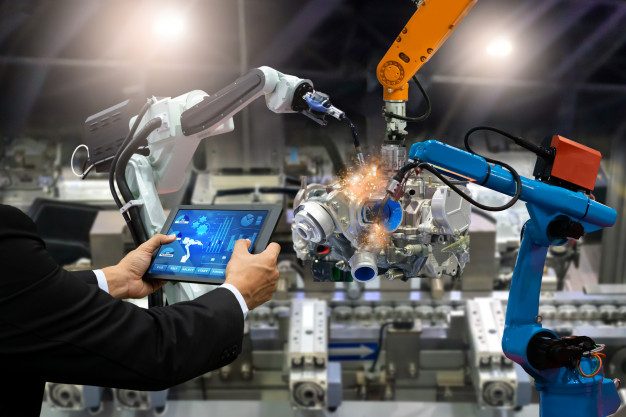 manager-engineer-touch-screen-control-automation-robot_33807-562